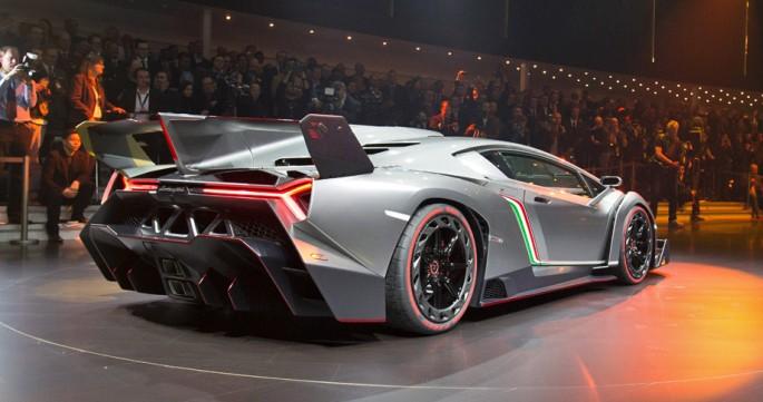 Lamborghini_Veneno_06