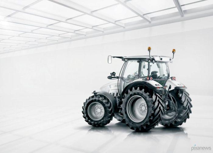 lamborghini_traktor_02