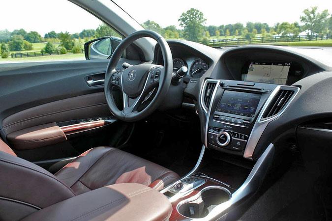 Интерьер Acura TLX