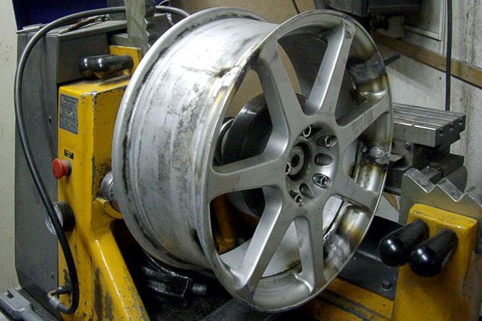 Ремонт литых дисков